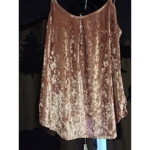 Tops - Light pink top size Large